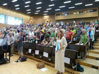Eine Befragung der ZuhörerInnen nach der Podiumsdiskussion ergab eine 80-prozentige Zustimmung zum Grundeinkommen.
