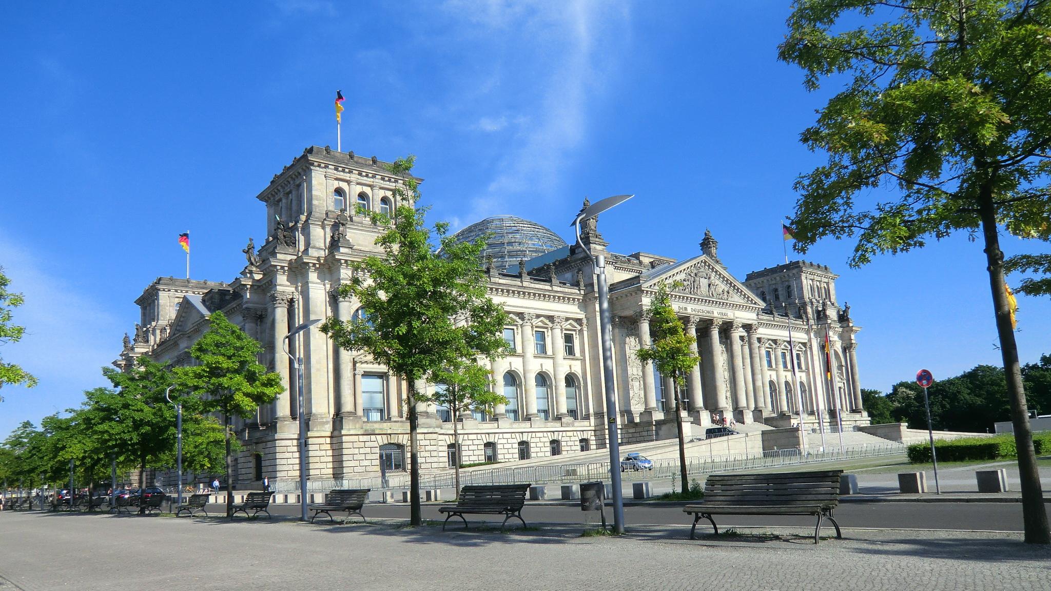 Grundrechte kürzt man nicht! Die gesellschaftliche und parlamentarische Debatte um Sanktionsfreiheit bei der Grundsicherung