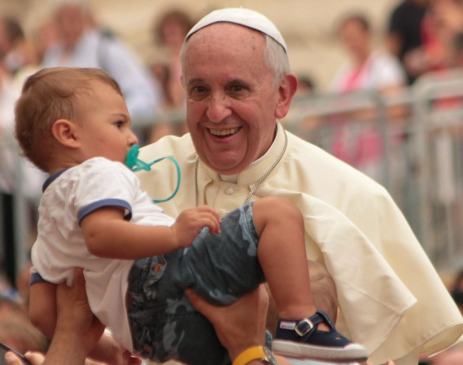 """Papst: """"Vielleicht ist jetzt die richtige Zeit, über ein universales Grundeinkommen nachzudenken…"""""""